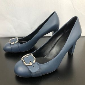 GUCCI Leather Interlocking G Buckle Pumps